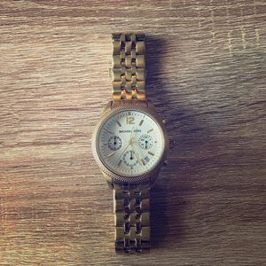 Michael Kors Accessories - Ladies Michael Kors Watch